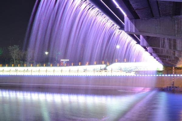 彩虹桥夜景图4