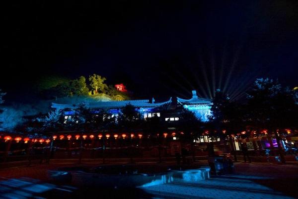 凤凰山森林公园夜景亮化图