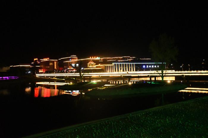 西苑宾馆亮化工程夜景图