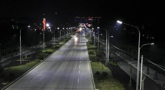 道路照明实景图