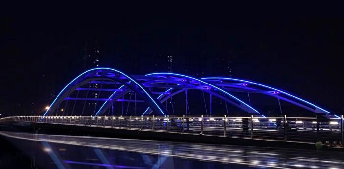 天津北辰龙兴桥亮化工程夜景图2