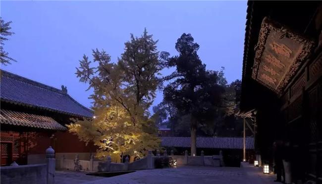 古寺院落光源选择方法