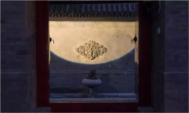 古寺中轴线光源选择方法