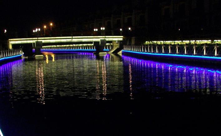 桥梁夜景亮化图